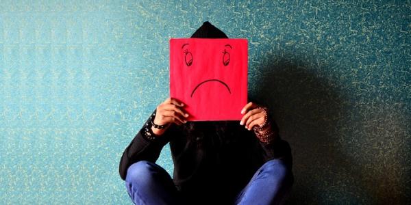 40 Kata Kata Bijak 'Caption' Tentang Kesedihan