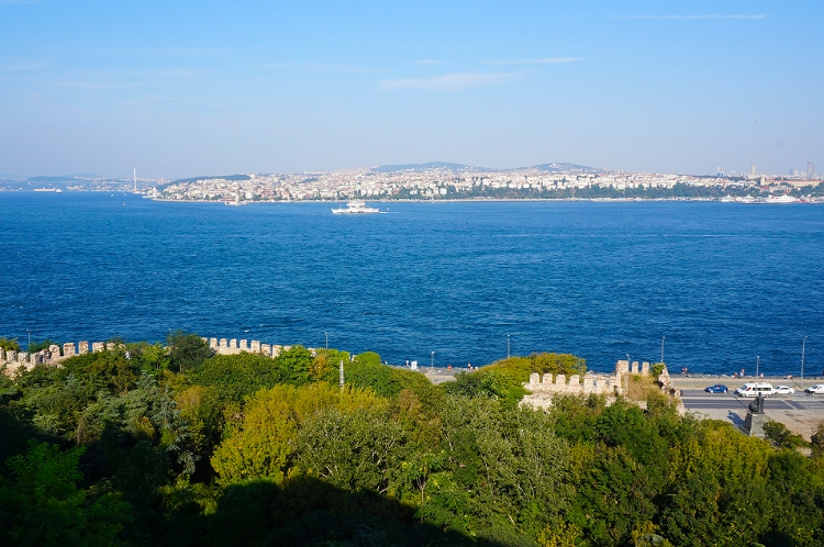 Euriental | Istanbul, Turkey. Topkapi palace view over the Bosphorus