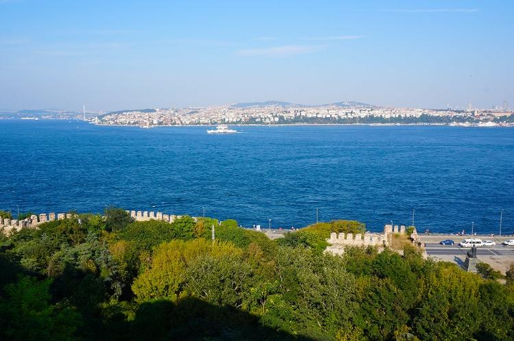 Euriental | Istanbul, Turkey. Topkapi palace view over the Bosphorus