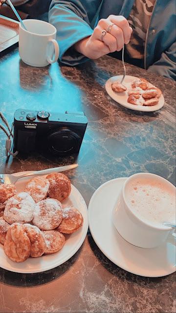 Poffertjes en koffie in Sprookjeswonderland
