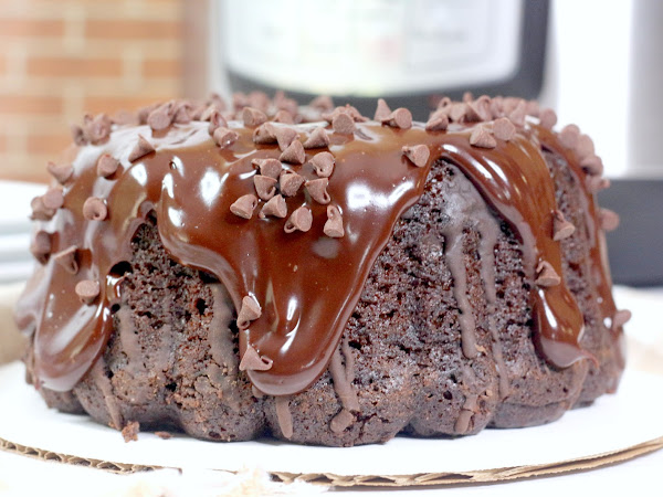 Instant Pot: Triple Chocolate Bundt Cake