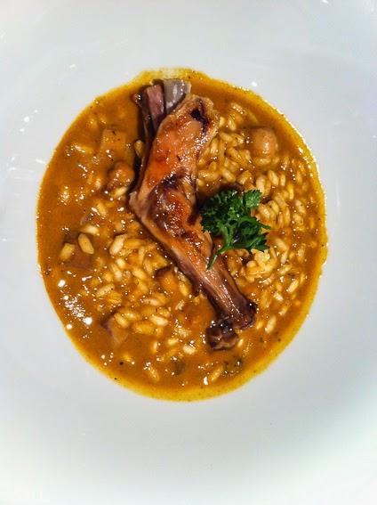 Arroz de sepia y conejo del restaurante Osmosis en Barcelona