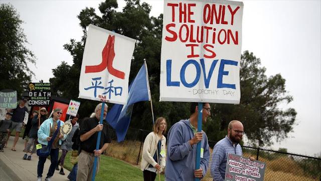 Activistas protestan por peligro de armas nucleares de EEUU
