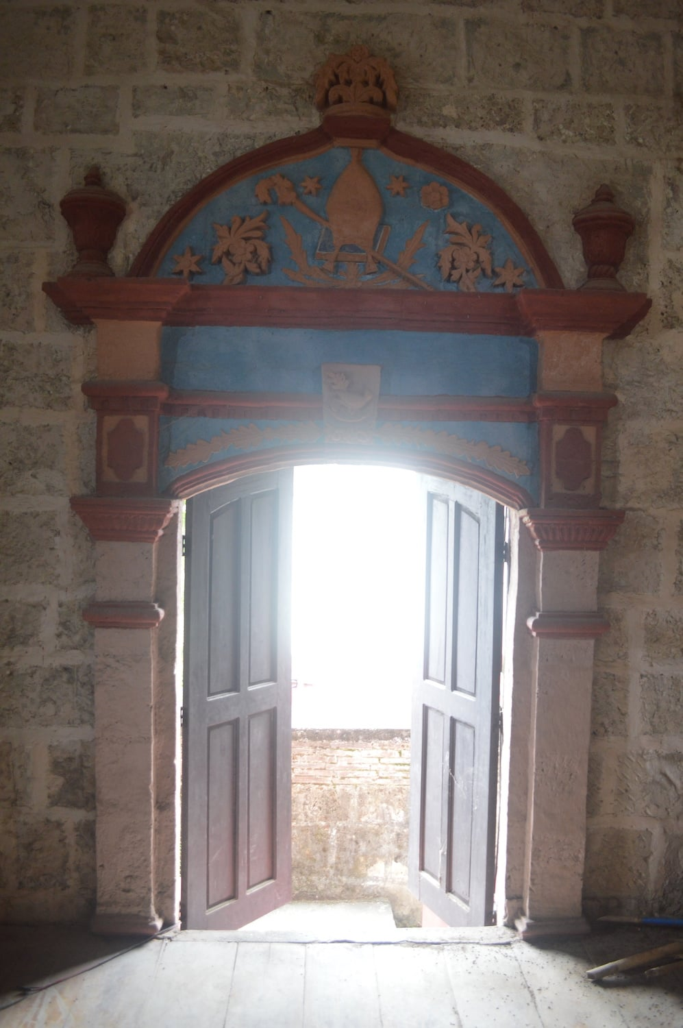unique architectural interior feature of the church is the arched doorway
