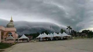 Fenomena Shelf Cloud - Awan ombak besar melanda Sabah