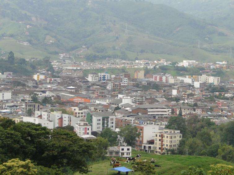 Santa Rosa de Cabal es un municipio colombiano ubicado en el departamento de Risaralda a 20 minutos de la ciudad de Pereira.