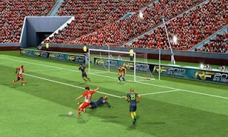 Real Football 2013 Mod Apk 1.6.8 + Data