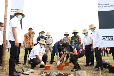 Gubernur Arinal Lakukan Peletakkan Batu Pertama Pembangunan Akademi Teknik Mesin Industri (ATMI)