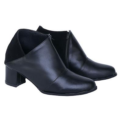 Sepatu Pantofel Boot Wanita Catenzo SS 036