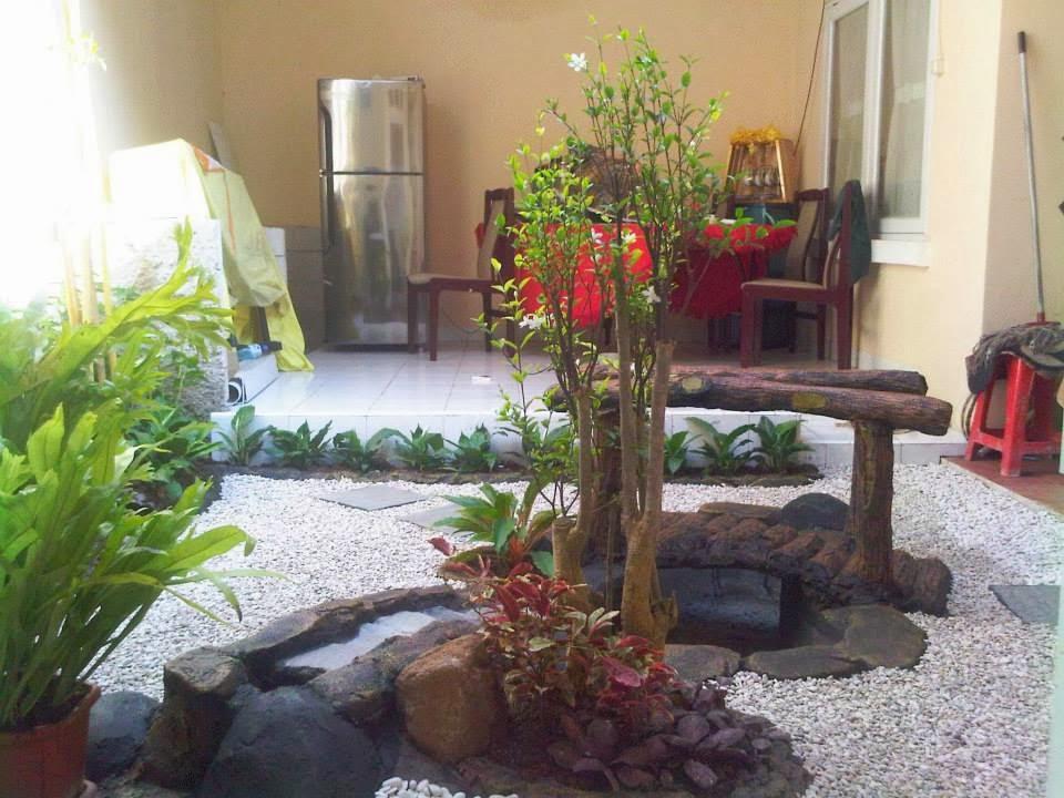 http://rumputtaman6.blogspot.com/2014/02/pembuatan-taman-kering-profesional-jasa.html
