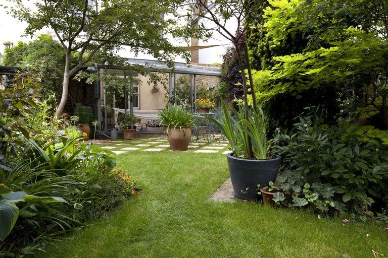 10 private patio landscape design ideas