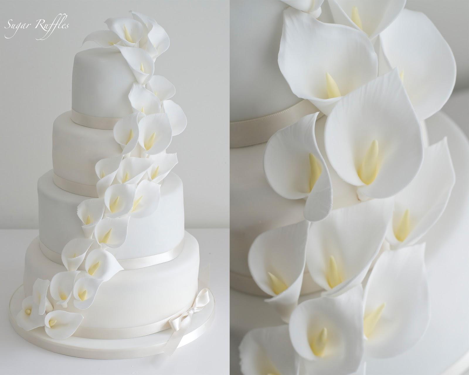 3 Tier Wedding Cakes 18 Stunning A tier wedding cake