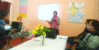 शिक्षक संकुल की बैठक में प्रेरक ब्लॉक बनाने पर दिया गया जोर   #NayaSaberaNetwork
