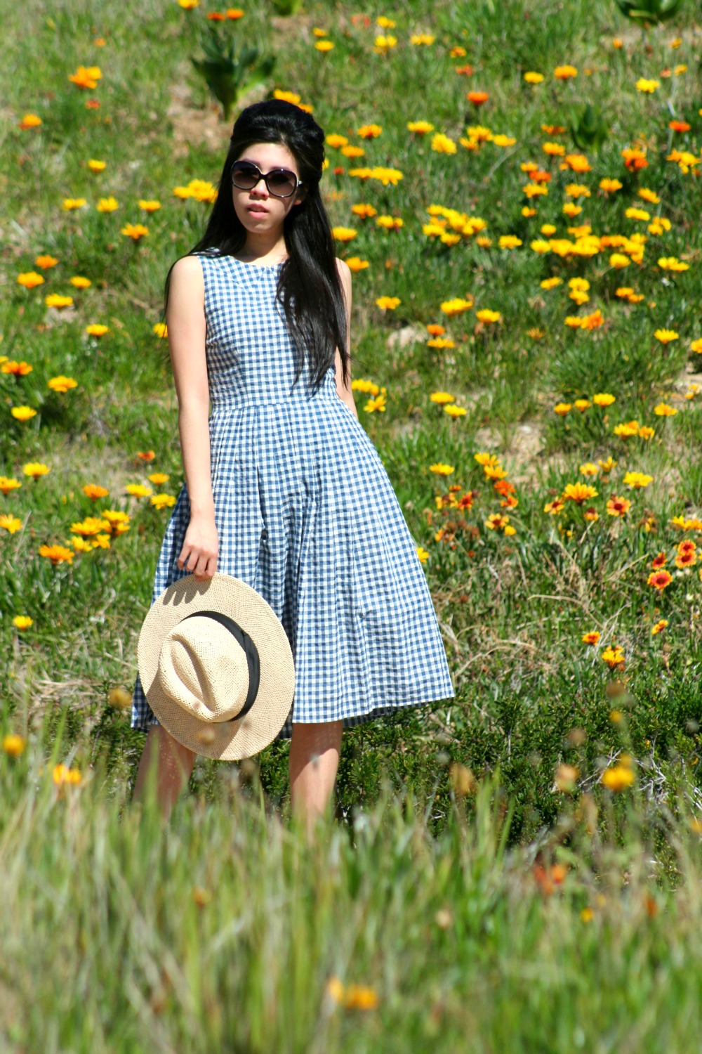 What to Wear to a first date_What to wear to a beach party_What to wear to a company luncheon_Adrienne Nguyen_Invictus