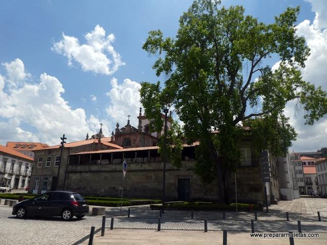 la catedral es uno de los lugares que ver en Lamego
