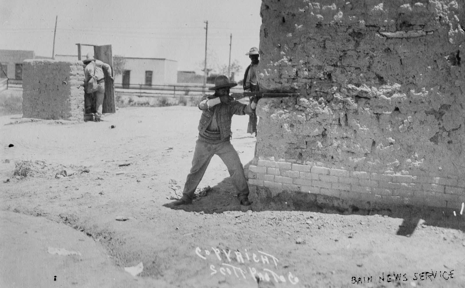 Rebels battle in the streets of Ciudad Juárez.
