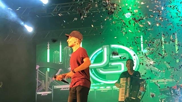 João Gomes arrasta multidão e realiza grande show em Pedreiras