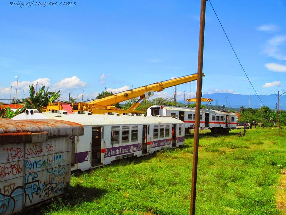 Kereta Rel Listrik Tamabahan di Jabodetabek