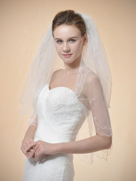 Mattie Pearly Bridal Veil Ivory