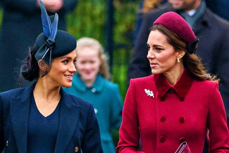 Cambridge Düşesi Kate Middleton ve Sussex Düşesi Meghan Markle'ın fotoğraflarda güzel çıkmak için kullandığı 19 taktiği listeledim.