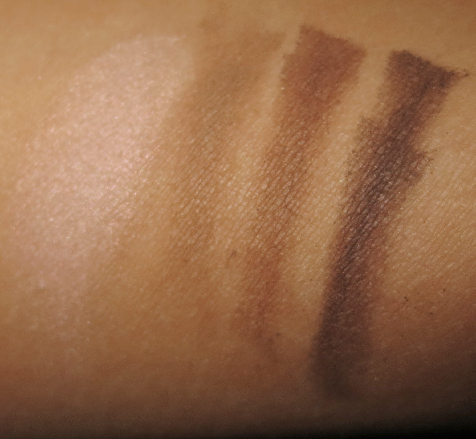 Guerlain Universal Eyebrow Kit Swatches