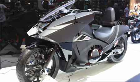 teknologi Honda NM4 Vultus