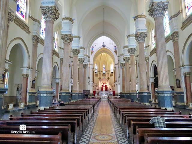 Vista ampla do interior da Paróquia Nossa Senhora Auxiliadora - Bom Retiro - São Paulo