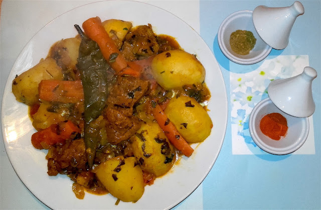traditional moroccan marmeta tajine with seitan