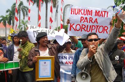 Upaya Penegakan Hukum dan HAM di Indonesia