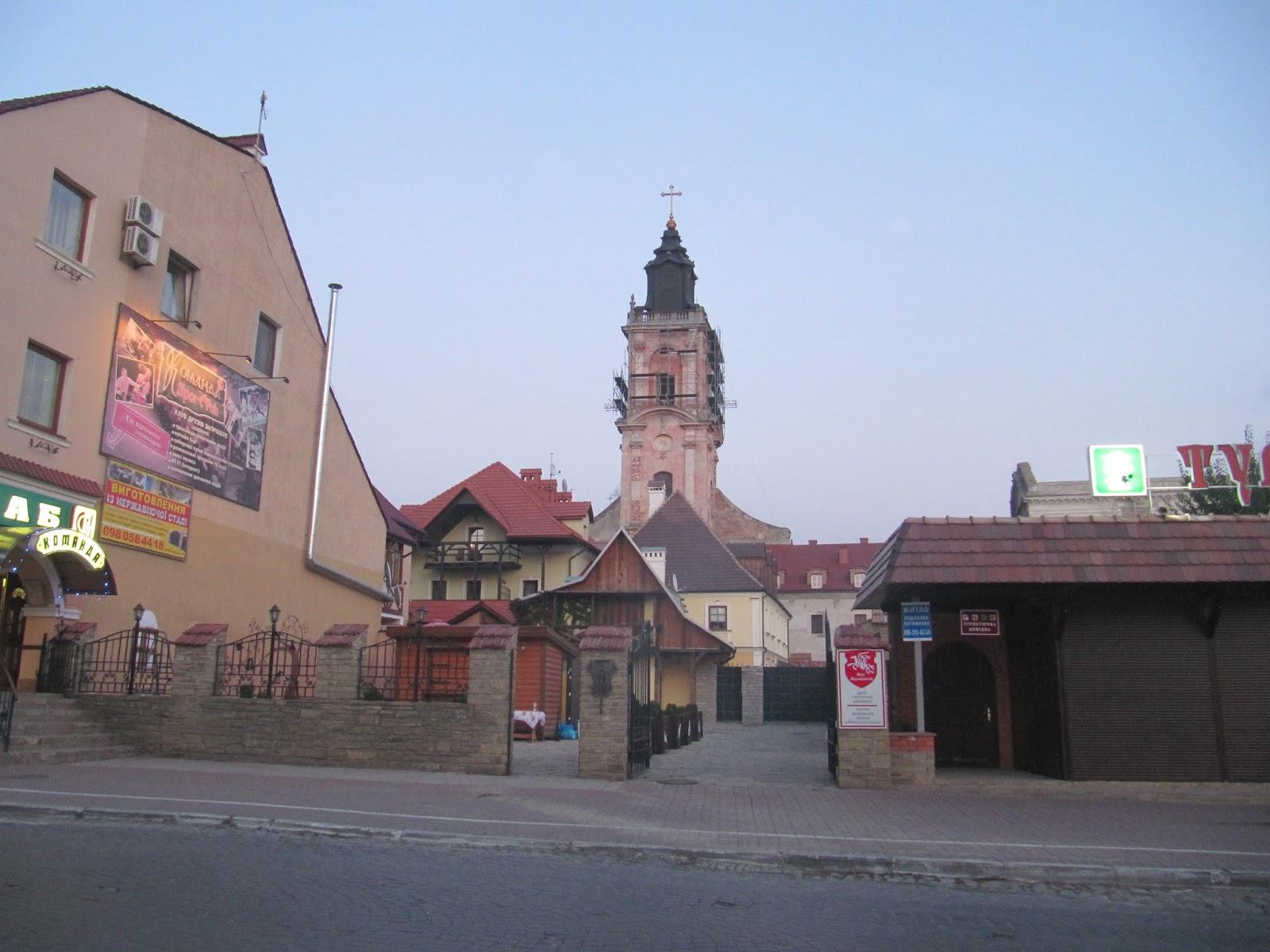 Puteshestvie-po-krepostyam-Podolya-Kamenec-Podolskiy
