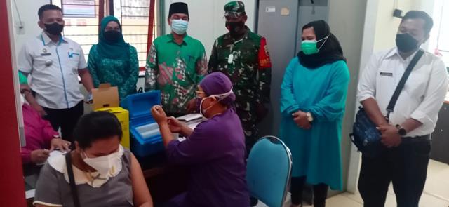 Kompak 3 Pilar, Personel Jajaran Kodim 0207/Simalungun Laksanakan Pendampingan Vaksinasi Kepada Ibu Hamil