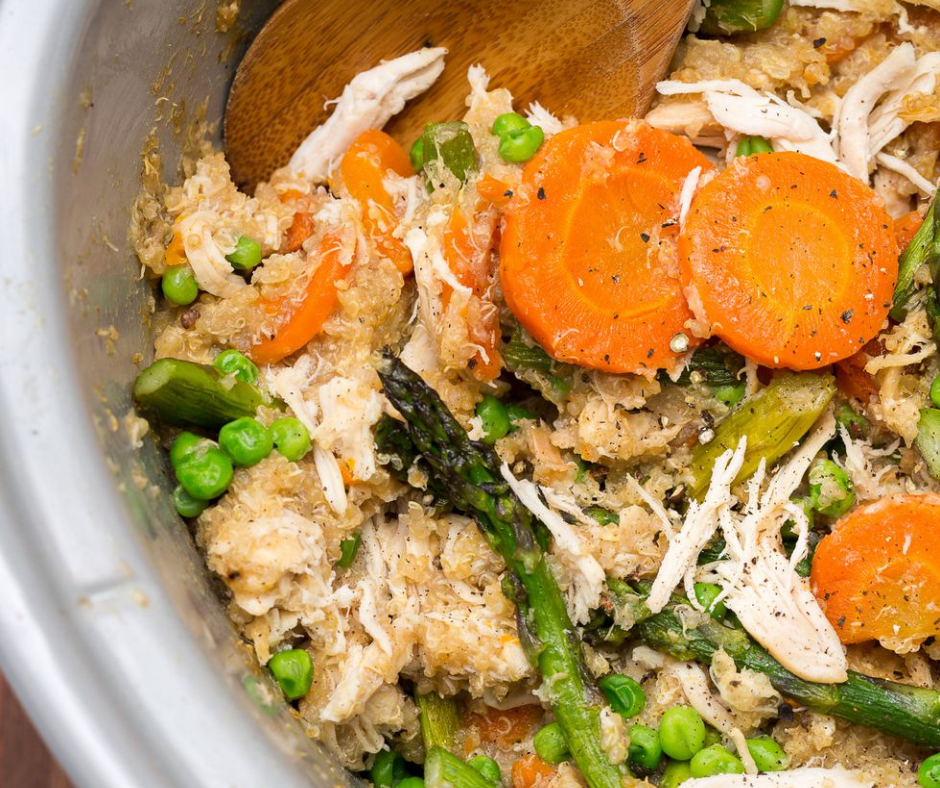 Slow-Cooker Quinoa Risotto with Carrots and Asparagus - food-drink-recipes.com