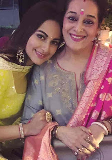 Sonakshi Sinha With Her Mother