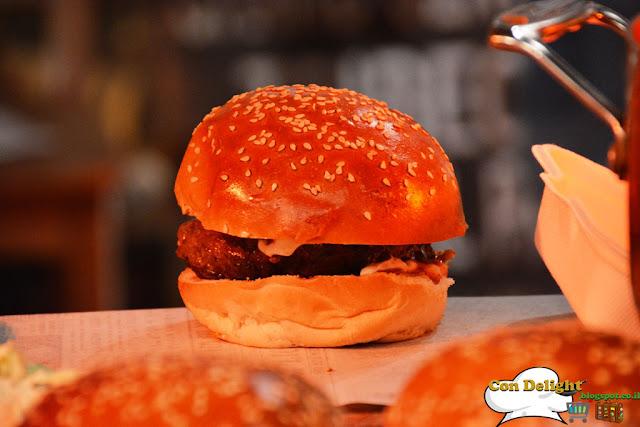 Thin rib and entrecote burger