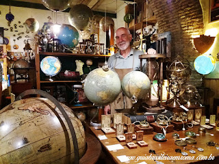 loja adrian souvenirs roma trastevere guia brasileira - Souvenirs alternativos em Roma