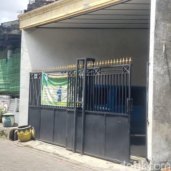Ini Barang yang Diamankan dari Rumah Terduga Teroris di Surabaya