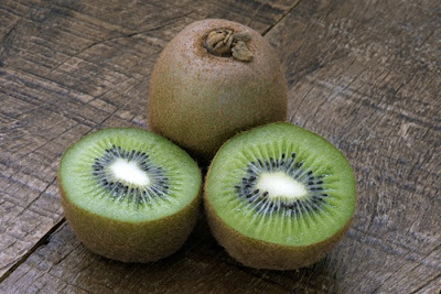 Strong Reasons to Often Eat Kiwifruit