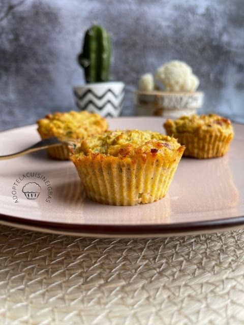 Muffins chou-fleur, lardons, comté