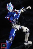 SH Figuarts Kamen Rider Vulcan Shooting Wolf 29