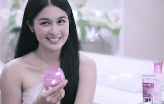 Kosmetik Ponds Sandra Dewi