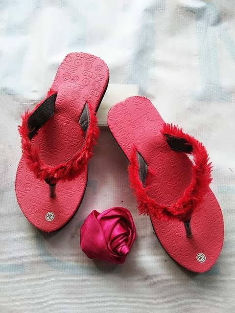 Grosir Sandal Murah Garut | Sandal Bulu Terbaru - 082317553851