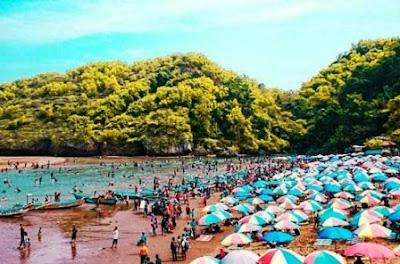 Wisata Pantai Baron Yogyakarta