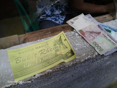 Tiket Masuk Gereja Ayam Bukit Rhema Borobudur