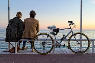 Zweifel an Beziehung - Was dahinter steckt und wie Sie sie überwinden