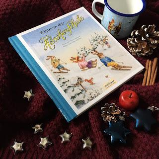 """""""Winter in der Häschenschule"""" von Albert Sixtus, illustriert von Julia Walther, erschienen im Esslinger Verlag, Rezension auf Kinderbuchblog Familienbücherei"""
