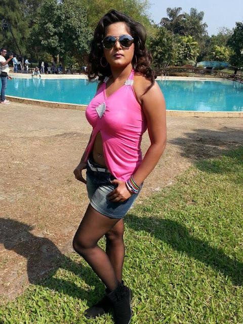 Latest photos of Bhojpuri actress Anjana Singh hot image