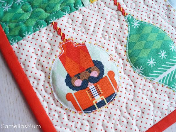 CHRISTMAS: Nutcracker Ornament Table Runner (PATTERN)