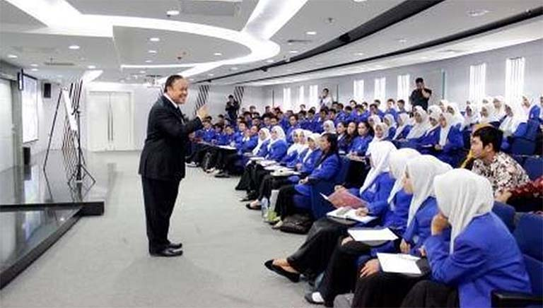 Ada Beasiswa S1 Penuh Nih Senilai Rp 167 Juta Untuk Program Tahfidh Al Quran