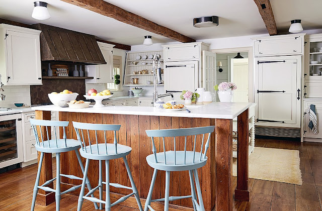 Gorgeous farmhouse style kitchen in Connecticut of Debbie Propst of One King's Lane - found on Hello Lovely Studio