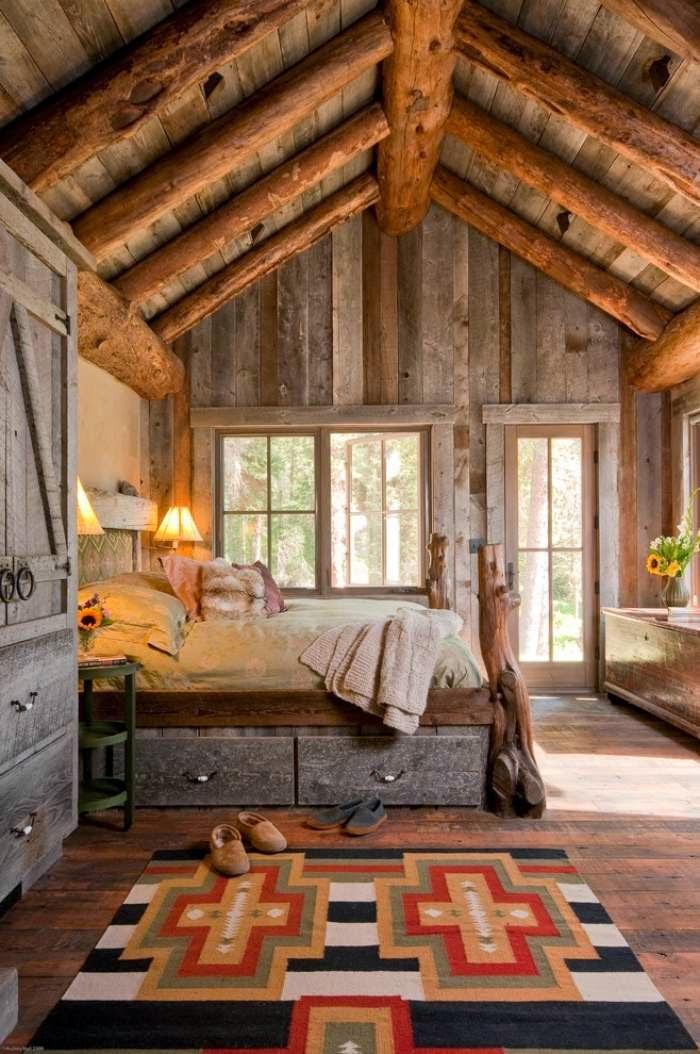 Habitación decorada con madera